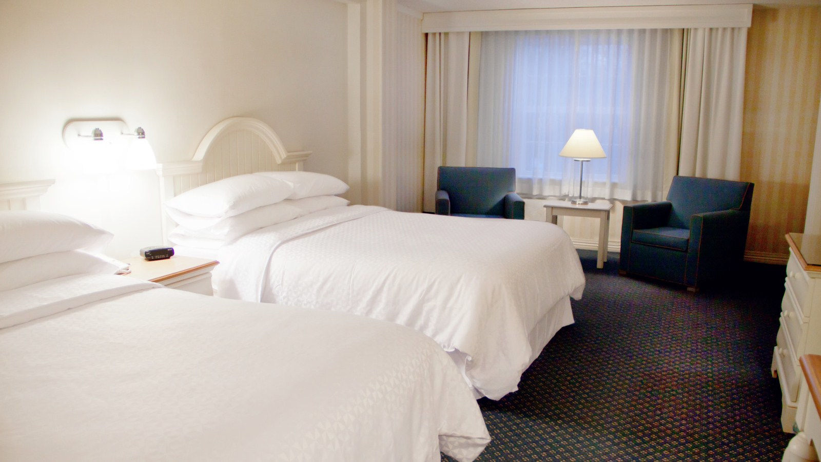 Eastham Accommodations - Over-sized Room with Two Queen Beds